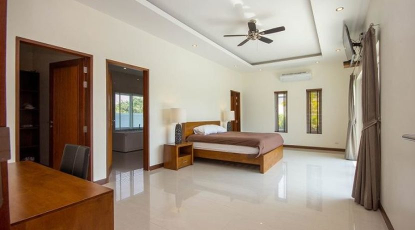 30 Spacious master bedroom 5