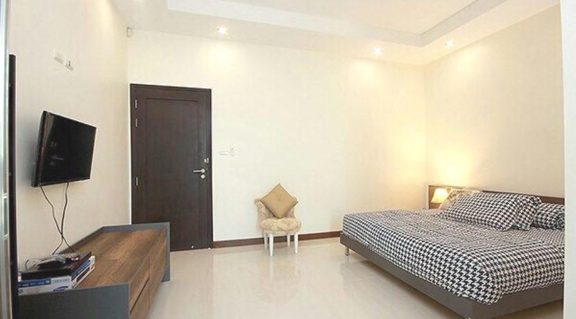 40 Bedrooms #2&3