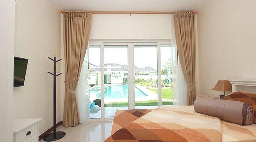50 Bedrooms #4&5