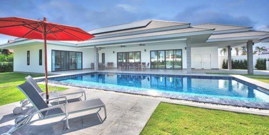 Brand new luxury Pool Villas in Hua Hin / Cha-Am