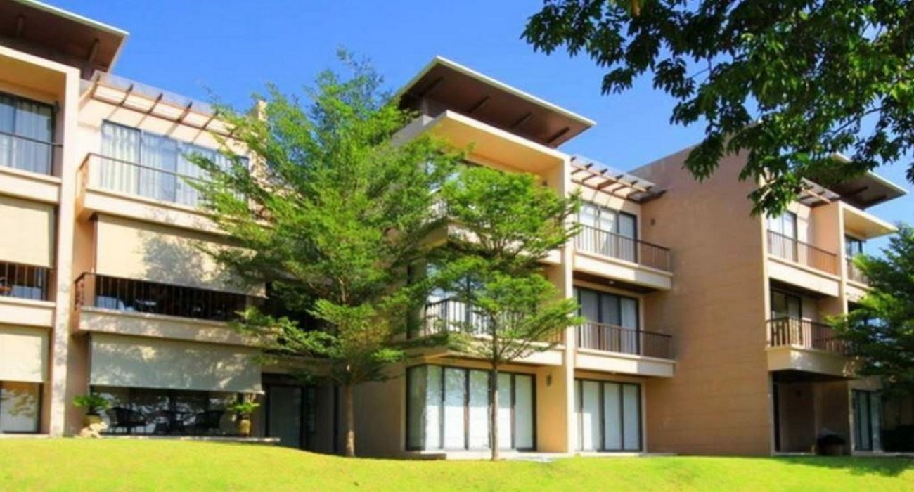 Luxury Golf Condo at Palm Hills Golf Resort in Hua Hin