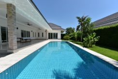 03 4x12 meter large swimming pool