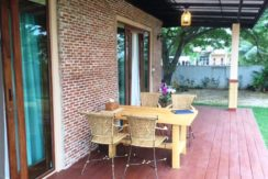 05 Furnished patio