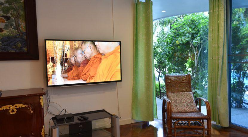 12 TV Audio corner 2