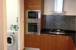 50 Utility room with washing machine