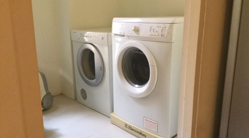 65 Utility-laundry room