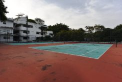 96 Tennis courts