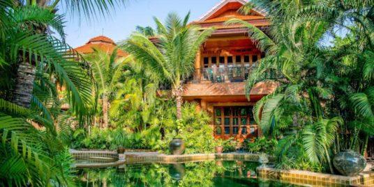 Exotic Thai-Bali Style Villa at Palm Hills Golf Resort