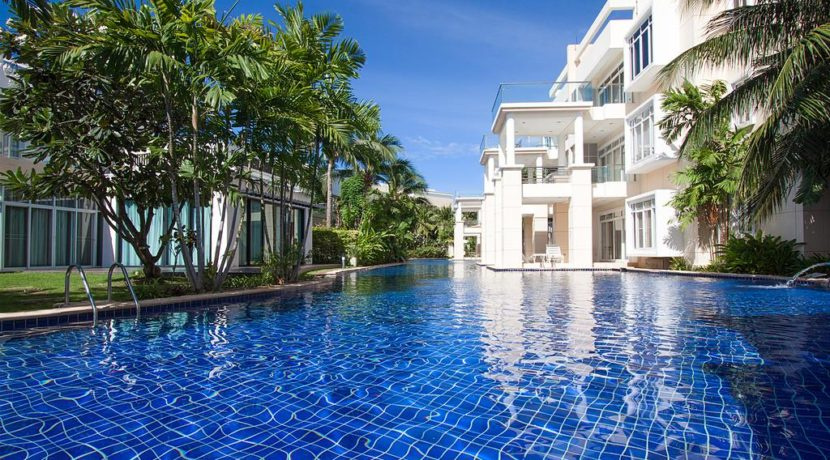 01 Blue Lagoon Resort Condominium