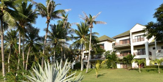 Exceptional Golf Condo in Hua Hin at Palm Hills Golf Resort
