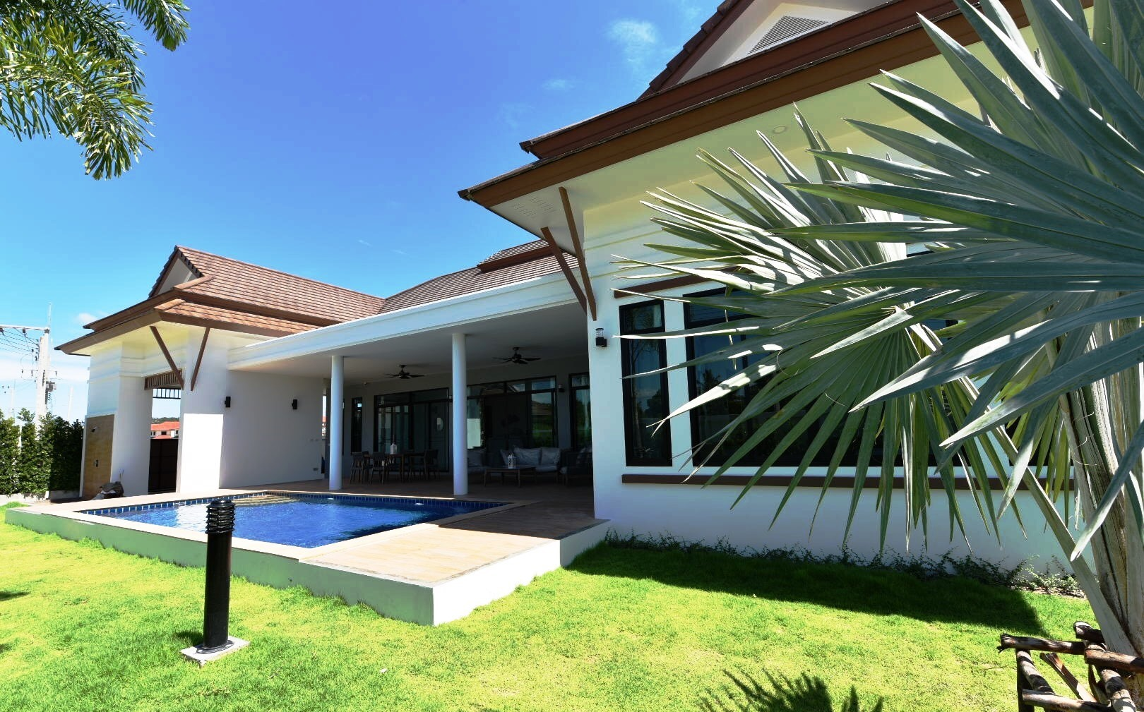 Brand new Pool Villas in Hua Hin next to Palm Hills Golf Resort