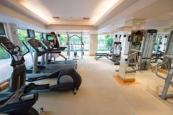03 Well equipped fitness center