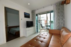 11 Living room exits to balcony