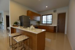25 Fully fitted EU style kitchen 1