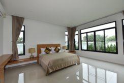 30 Spacious master bedroom 7