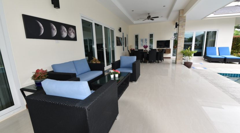 05 Covered fully furnished 75 sqm. patio
