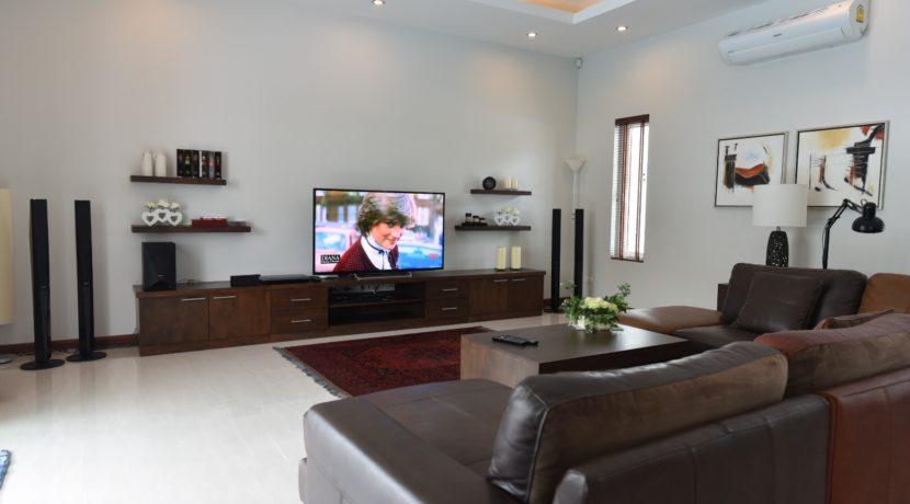 12 Large TV Audio bench