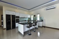 25 Filly fitted European style Kitchen