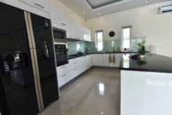 26 Filly fitted European style Kitchen