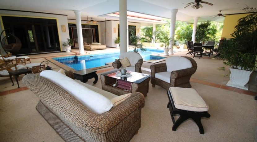 60 Patio sofa group next to pool