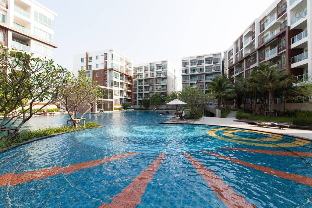 Luxury 2-Bedroom Condo in Hua Hin at The Seacraze