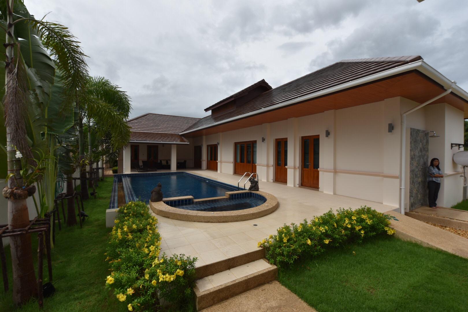 Balinese style Pool Villa in Hua Hin at Hillside Hamlet5