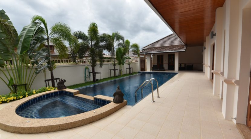03 4x10 meter swimming pool with jacuzzi