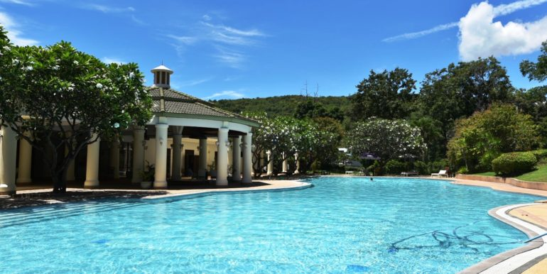 04 Palm Hills Sports Club swimming pool