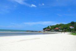 01 Khao Tao beachfront