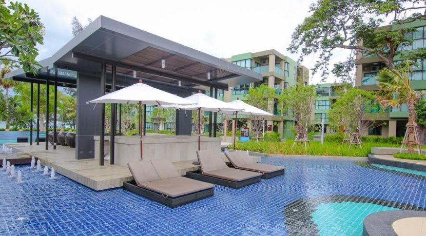 03C Pool bar