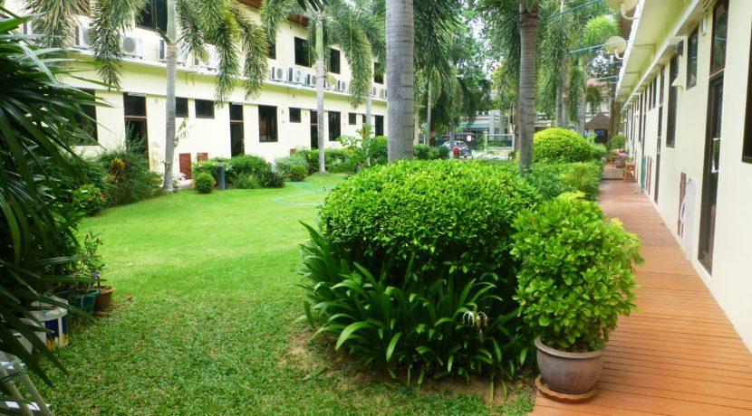 05 Landscaped backyard gardens