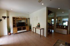 11 Spacious living room 1