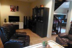 11 Spacious living room 2