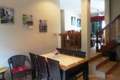 20 Dining area next to kitchen 6
