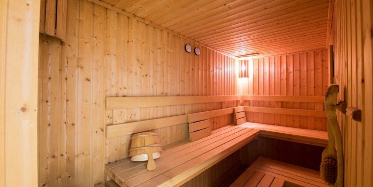 85 Sauna