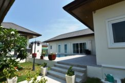 01 Hua Hin Nice Breeze Pool Villa 1