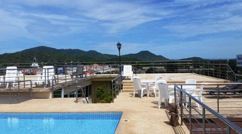 01 Rooftop terrace