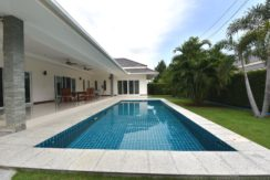 02A Large 4x10 meter swimming pool