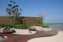 04 Beachfront