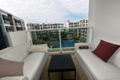 14 Furnished balcony