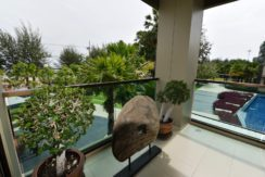 15 Large furnished balcony with ocean view