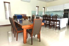 20 Dining area next to kitchen 1