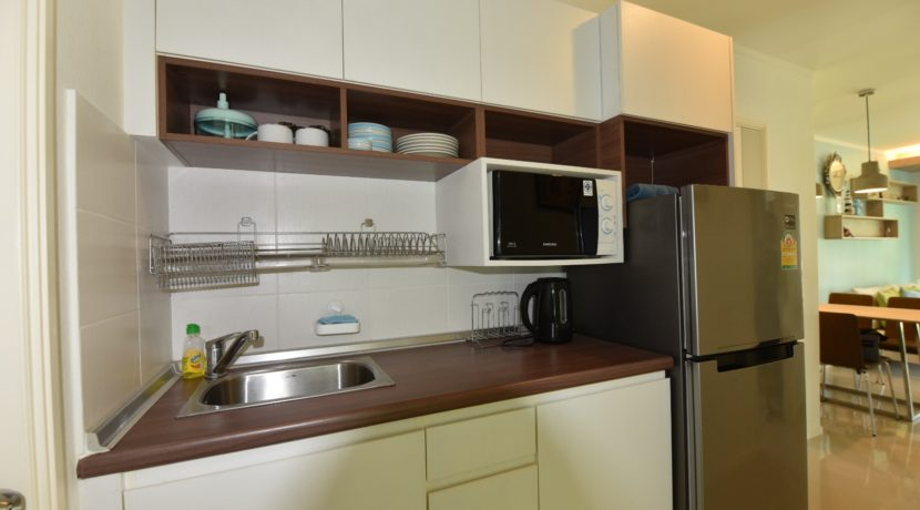 20 Open Kitchenette