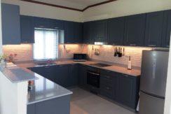 25 Fully fitted European style open kitchen (Kvik)