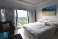 30 Large master bedroom