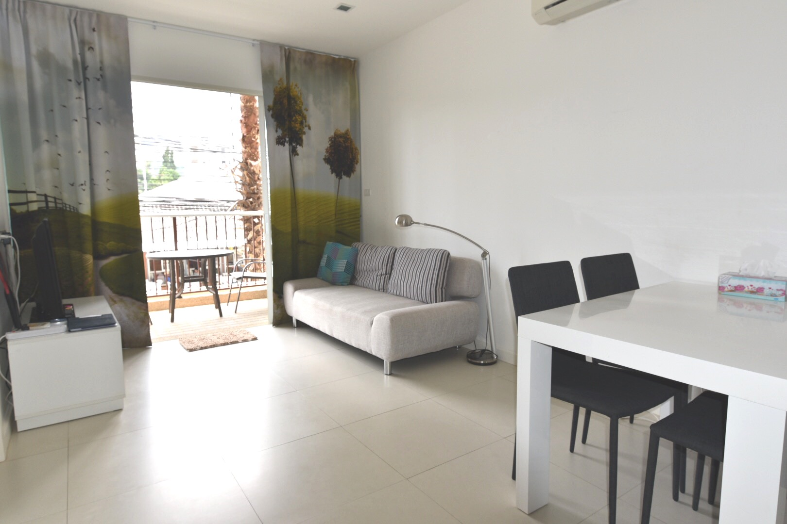One Bedroom Condo in Hua Hin at The Seacraze - DanSiam Property