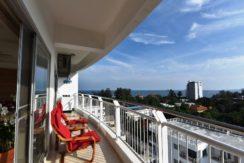 13 Balcony with gorgious seaview