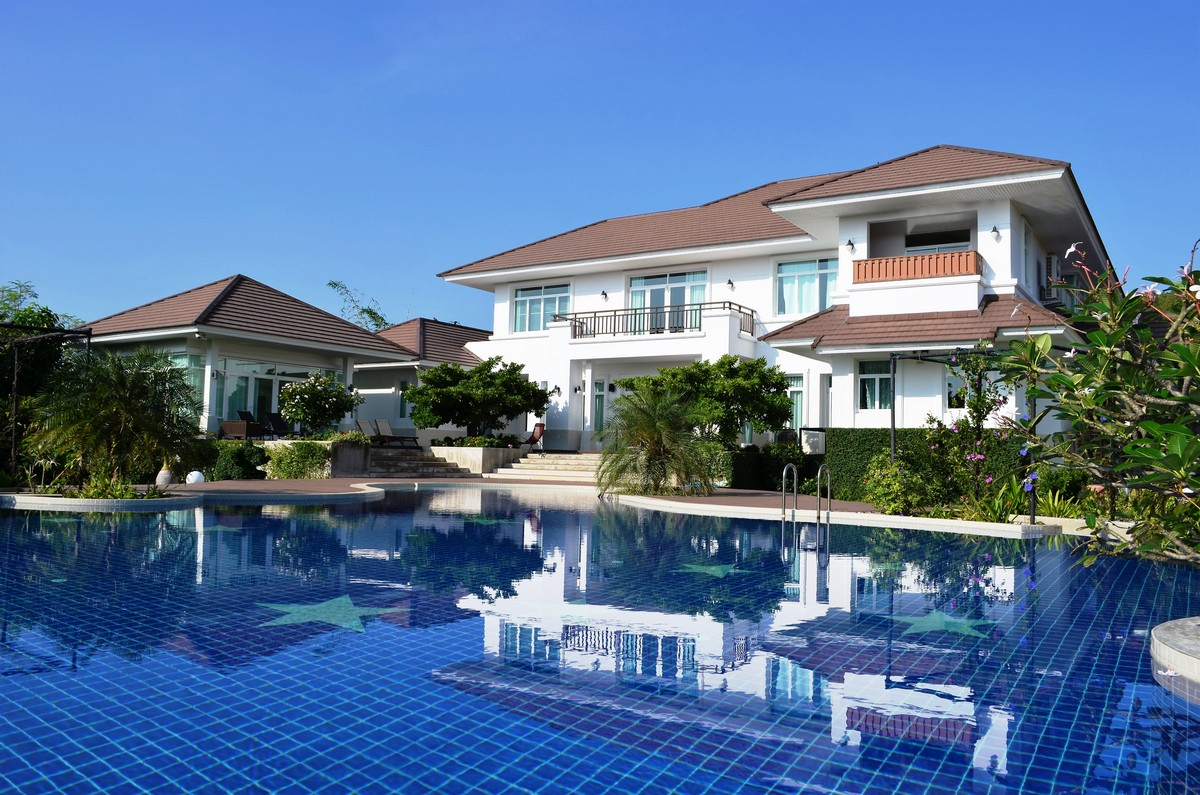 6-Star Luxury Villa near Hua Hin City Center