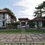 Balinese style pool villa