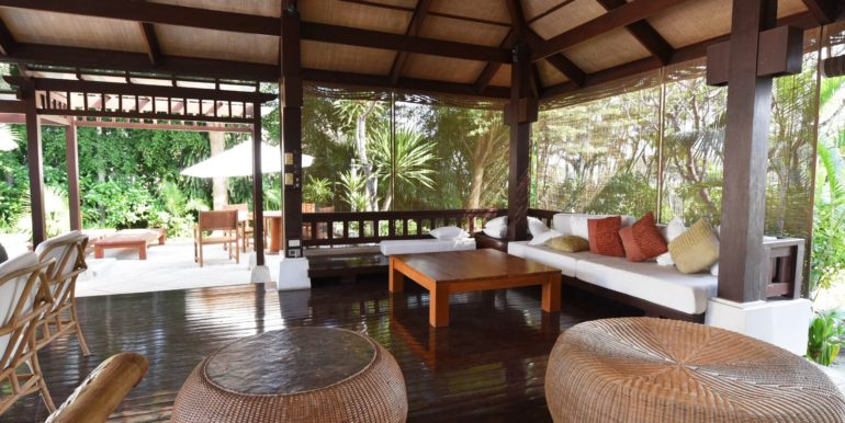 11 Large sala for outdoor living